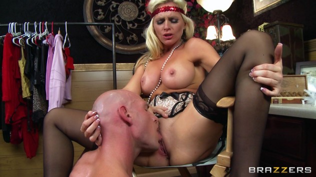 Alena Croft   Milfs Like It Big